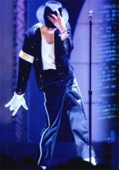 Moonwalking%20MJ